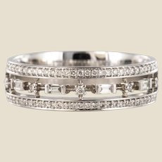 Modern Diamond 18 Karat White Gold Band Ring