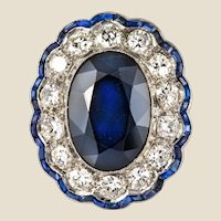 1925s Art Deco 8.40 Carat Sapphire Diamonds Calibrated Sapphires Platinum Ring