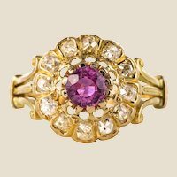French 1910s Pink Sapphire Diamonds 18 Karat Yellow Gold Daisy Ring