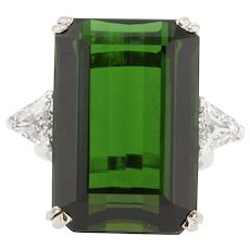 French 1960s 28.91 Carat Green Tourmaline Diamonds 18 Karat White Gold Ring