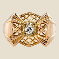 1940s Retro Diamond 18 Karat Rose Gold Openwork Knot Ring