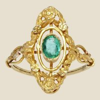 French 1900s Emerald 18 Karat Yellow Gold Marquise Shape Ring