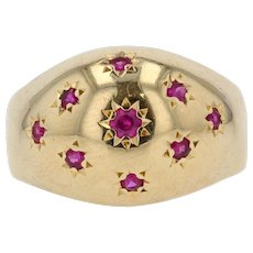 French 1960s Star Setting 18 Karat Yellow Gold Ring
