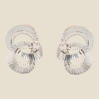 French 1960s 18 Karat White Gold Clip Earrings