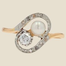19th Century Natural Pearl Diamond 18 Karat Yellow Gold Duo Ring