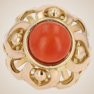 French Vintage 1980s Mediterranean Coral Yellow Gold Dome Ring