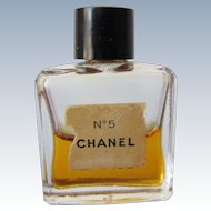 Mini Perfume Bottle of Chanel No 5 with Perfume Parfum
