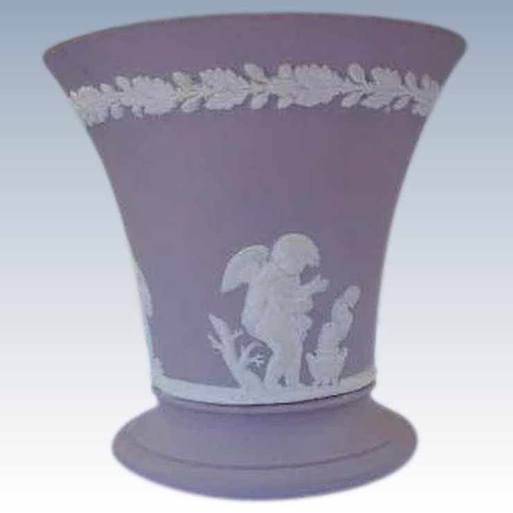 Wedgwood Vase In Lavender Taupe Marked England Cherubs Time In A