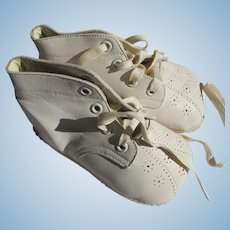 Vintage Baby Shoes New in Box Leather Size 1 Perfect