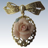 Pendant of Filigree Bow with Pink Rose in Ceramic