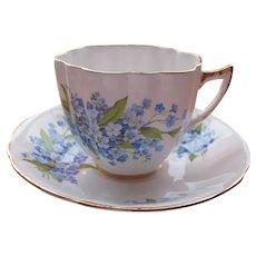 Porcelain Tea Cup Violets Royal Windsor Fine Bone China England EX Condition