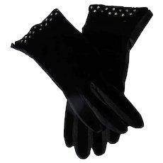 Black Velvet Gloves Rhinestone Detail Unworn 6 1/2 From 1950's