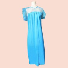 Blue Nightgown Lacy Pretty Short Sleeve Gown Never worn