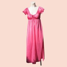Ladies Nightgown in Hot Pink Unworn Large Perfect