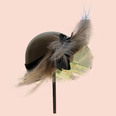 Felt Hat 1940's Italy Excellent Condition Feather Netting Ribbon