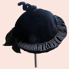 Victorian Hat Black Velvet 1890-1910