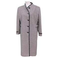 Coat Houndstooth Black and White Wool Made in USA 1980's
