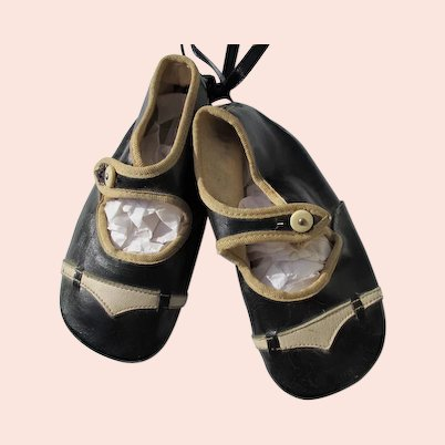 Leather Baby shoes Black and Creme Good Condition 1910-1920 Doll Shoes