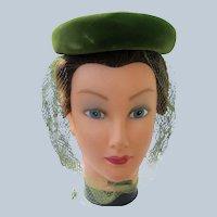 Green Velvet Hat 1940's 1950's Netting Size Medium Perfect
