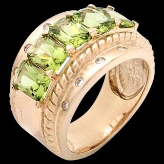14K Yellow Gold Peridot & Diamond Right Hand Ring Size 6
