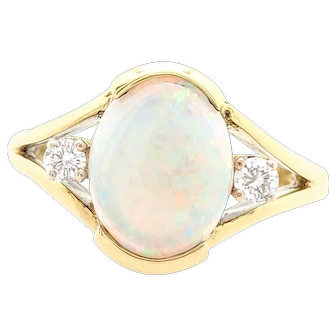 Ladies 18k Yellow Gold 1.65ct Oval Shaped Natural Opal & Diamond Ring Size 5.5