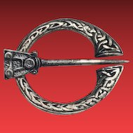 Ward Brothers Edinburgh Sterling Celtic Penannular Cloak Kilt Pin
