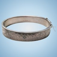 Sterling Victorian Revival Engraved Hinged OVAL Bangle Bracelet