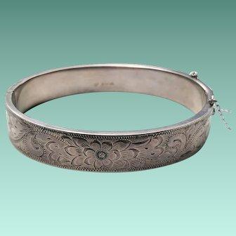 Sterling Victorian Revival Engraved Hinged OVAL Bangle Bracelet