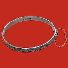 Modernist Silver Hinged Bangle Bracelet Hallmarked 1972 Birmingham
