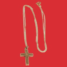Lovely Vintage 14K Gold Cross Pendant Necklace 16 Inch Chain