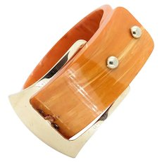 Vintage Art Deco 1930's Butterscotch Bakelite Bangle, with buckle feature. Amazing collectable Bakelite Bangle