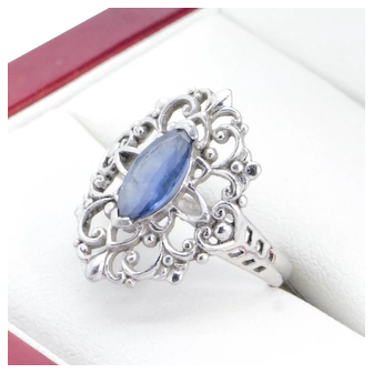 Very nice Platinum & Palladium Filigree ring with Marquise Sapphire