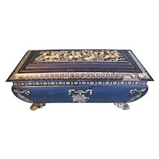 Lovely British Biscuit Tin, WEDGWOOD CASKET, Wm. Crawford & Sons