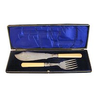 Lovely Master Fish Knife & Fork Set in Box