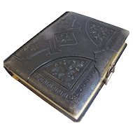Lovely Victorian Leather Photograph Album, 8 Floral Pages
