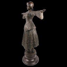 Stunning Huge Art Nouveau Solid Bronze Sculpture Of an Elegant Dancer Lady Circa 1920