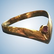 Rare 9k Gold Archer's Ring with a Ruby