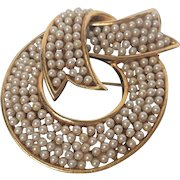 Vintage Signed Marvella Pin/Brooch Gold Tone Bow With Imitation Seed Pearls