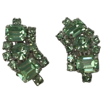 Vintage Unsigned Retro Green Rhinestone Earrings
