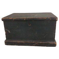 Primitive 18th Century Bible Box