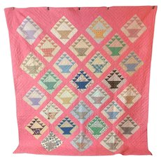 Vintage 1940s Pennsylvania Quilt