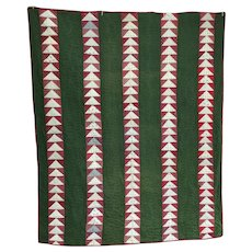 """Vintage Quilt """"Flying Geese"""""""