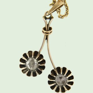 Early 20th century Dutch pendant with modern chain