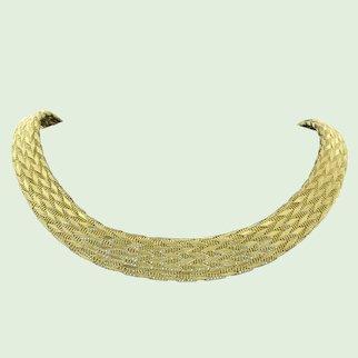 Modern 18k golden necklace