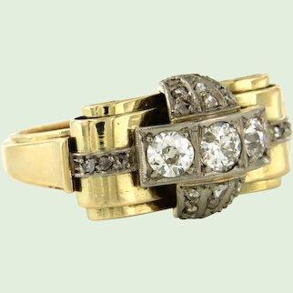 Retro ring with diamonds