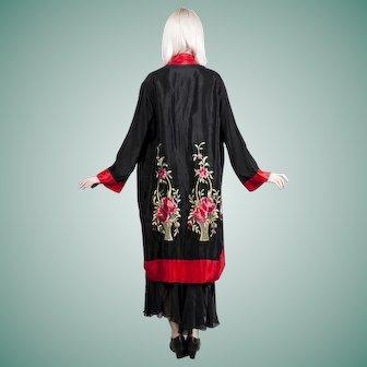 1920s / 1930s Black Rayon Damask Boudoir Robe Kimono Embroidered Flower Baskets Floral Design Art Deco