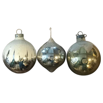 Vintage Round Glass Christmas Tree Ornaments, 3pcs