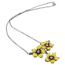 1970's Vintage Yellow Plastic Flower Necklace