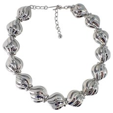 1980's Vintage Polished Silvertone Collar Length Necklace