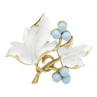 """1967 Sarah Coventry """"Placid Beauty"""" Blueberry Leaves Pin"""